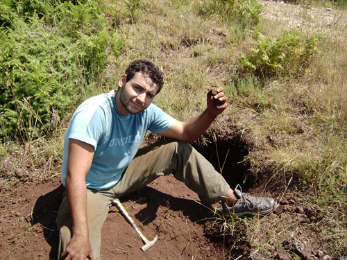 chris digging